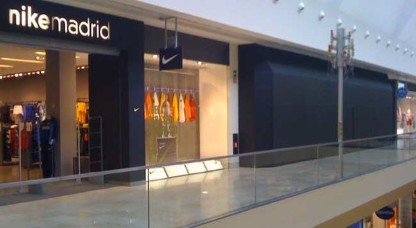 Apparition des centres commerciaux