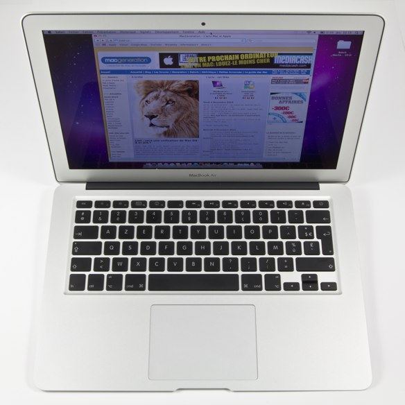 20101104_MacBook-Air-%20014