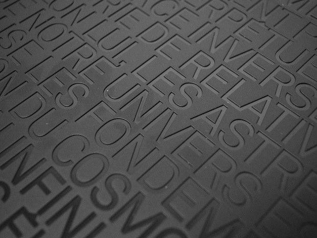http://static.macg.co/img/2010/12//monolithe-20110112-160326.jpg