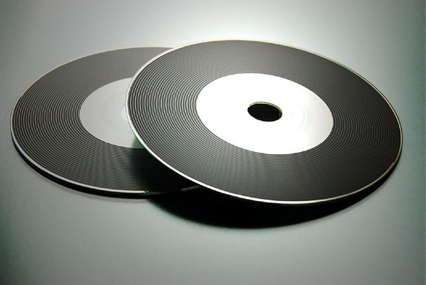 CD%20with%20vinyl%20effect%20print%20%7C%20Flickr%20-%20Photo%20Sharing%21