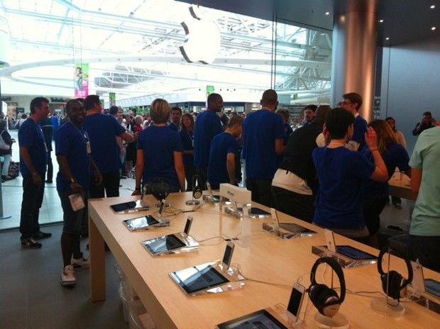 L'apple Jour SénartMacgeneration Pour Store D'inauguration De Carré 5Aj3RcL4q