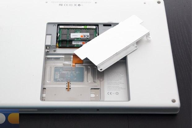 20120503_MacBook-Pro-SSD%2015