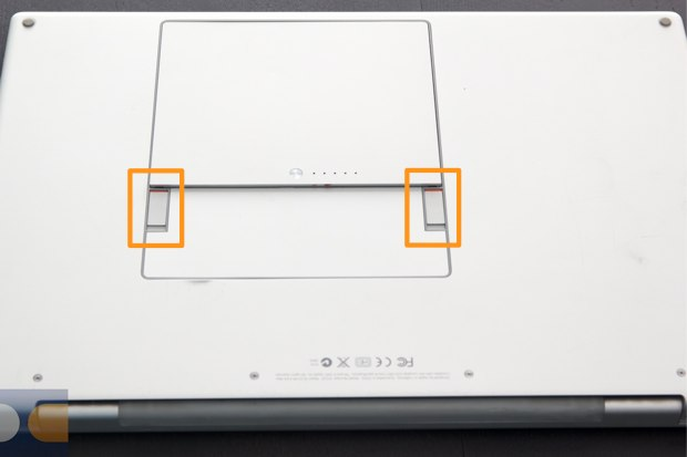 20120503_MacBook-Pro-SSD%2017