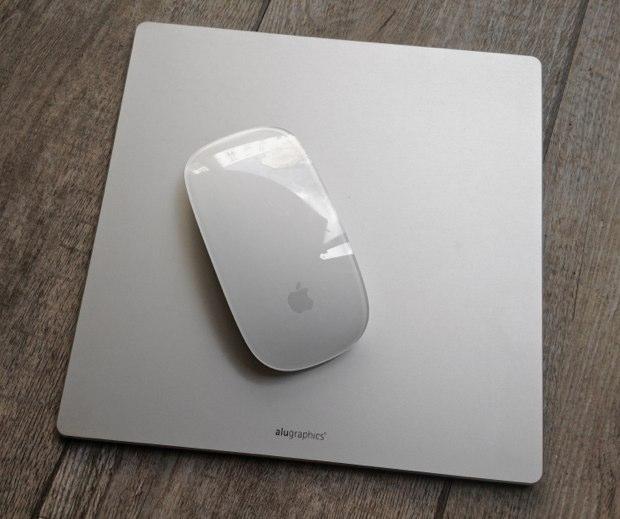 coup d oeil sur le tapis de souris aluminium flexpad macgeneration
